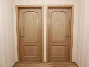 Ustanovka-mezhkomnatnyh-dverej1